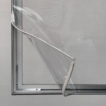 Pregradna stena z aluminijastim okvirjem Stretchframe in s PVC transparentom